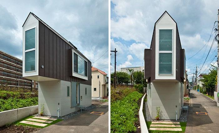 Esta estrecha casa japonesa solo parece pequeña hasta que la ves por dentro