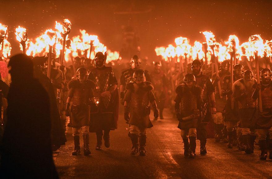 vikings-up-helly-aa-festival-shetland-scotland-10