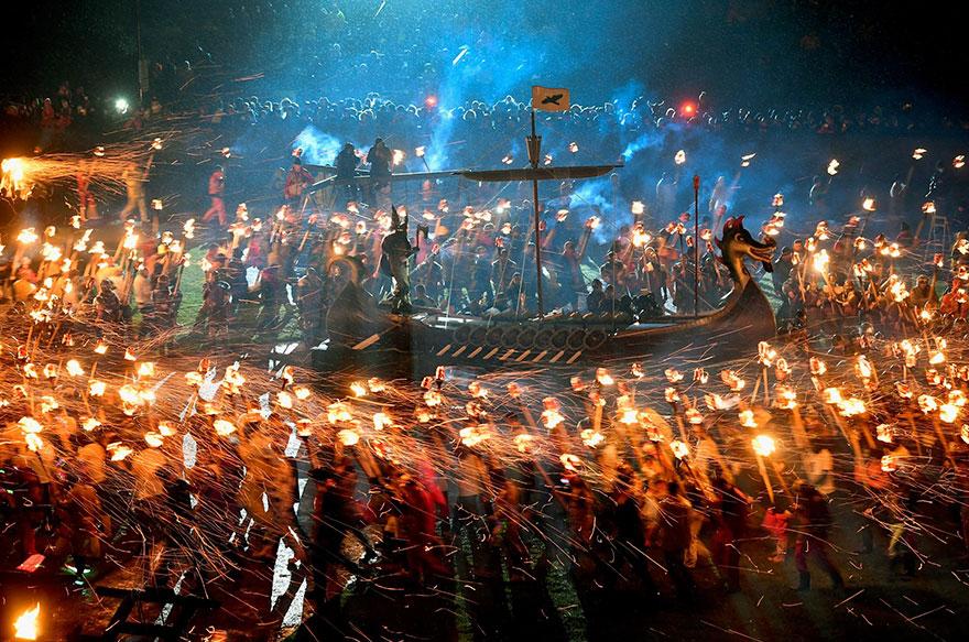 vikings-up-helly-aa-festival-shetland-scotland-15