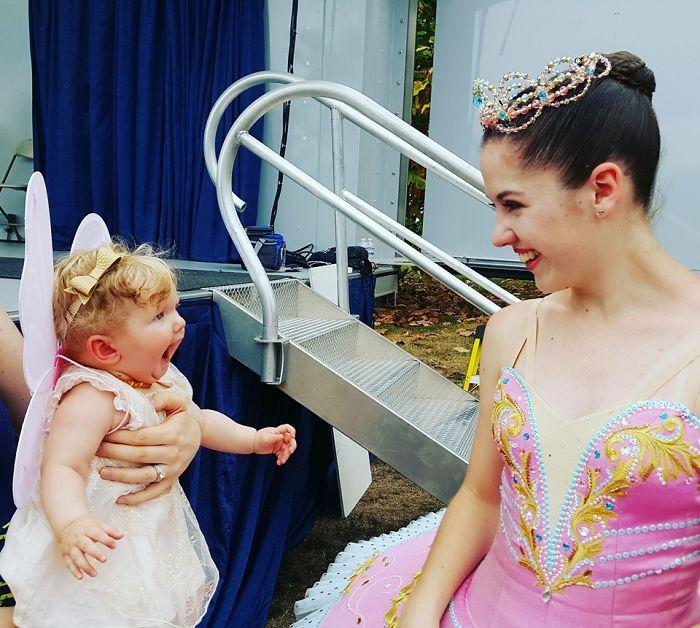 La reacción de mi hija al ver a una bailarina por 1ª vez