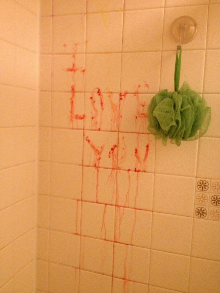I Tried To Leave My Boyfriend A Romantic Note In The Shower...