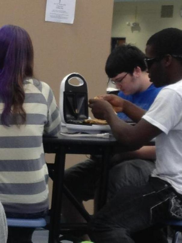 This Kid Pulls Out A George Foreman Grill During My Lunch Period In School And Just Starts Making Grilled Cheese