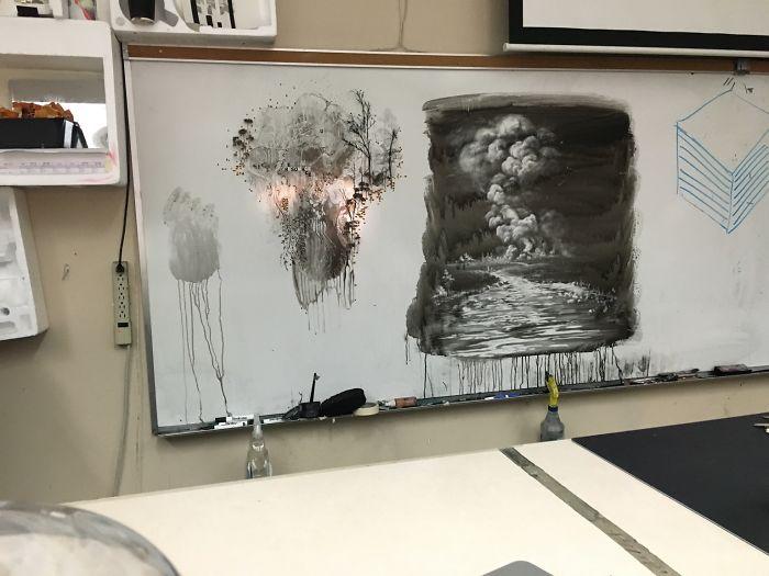 Esto es lo que hace mi profesor de arte en su tiempo libre
