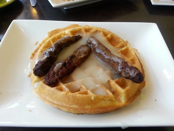 What I Ordered: Chicken And Waffles. What I Got? Bukkaffles