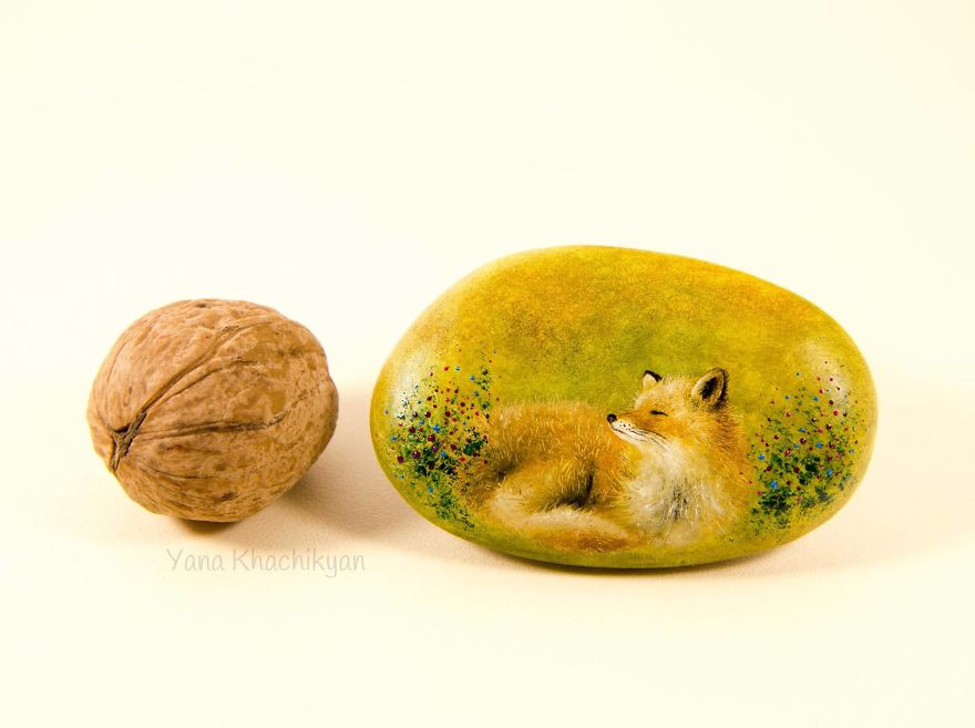 Yana Khachikyan ,Miniature stones oil paintings