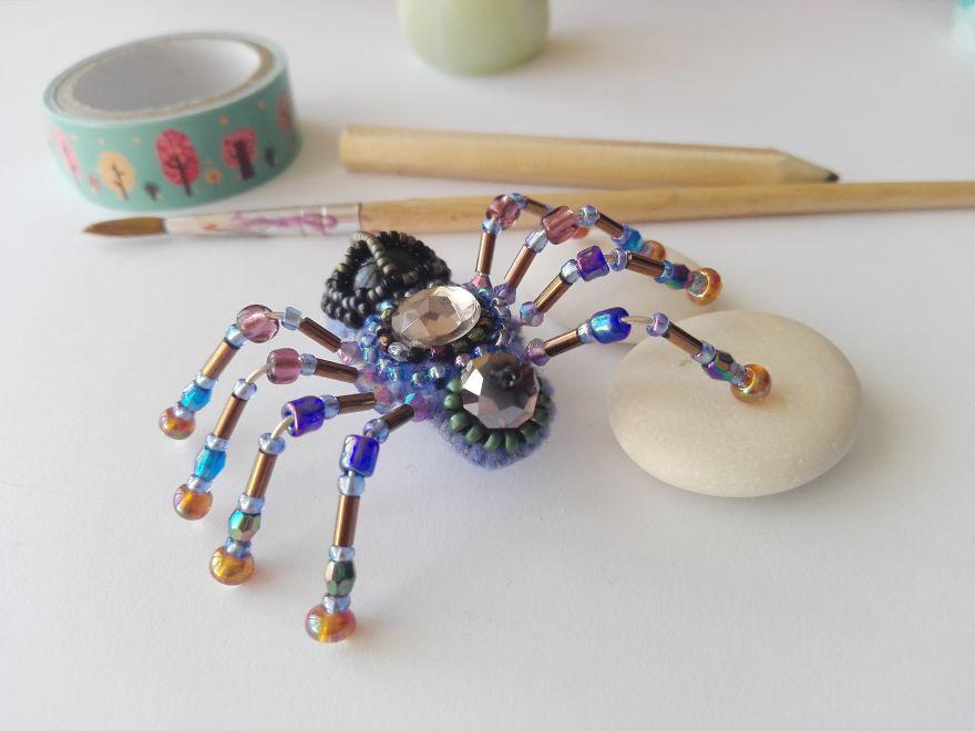 Crusader Spider Brooch With Black Onyx Gemstone