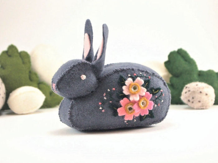 I Create One-of-a-kind Animals Out Of Wool Felt
