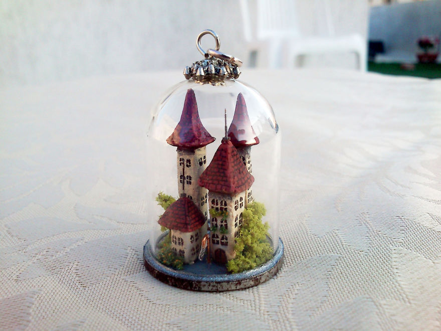 I Make Entire Miniature Worlds Inside Pieces Of Jewelry
