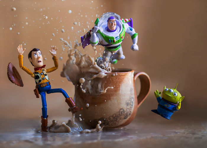 "I Photograph ""Toy Stories"" By Creating Special Effects In Real Time"