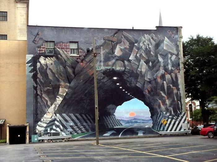 Seguro que este mural no provoca accidentes...