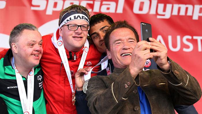 arnold-schwarzenegger-shuts-down-troll-special-olympics-1