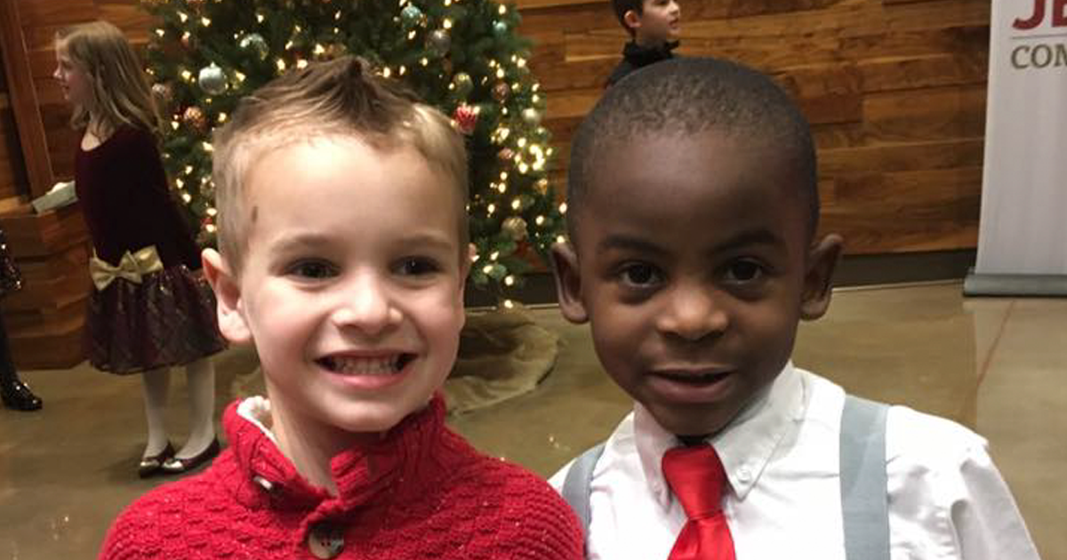 "These 5-Year-Old Best Friends Got The Same Haircut To ""Confuse"" Their Teacher"