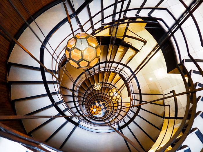 I Travel To See Spiral Staircases, Here Is What I Found In Barcelona
