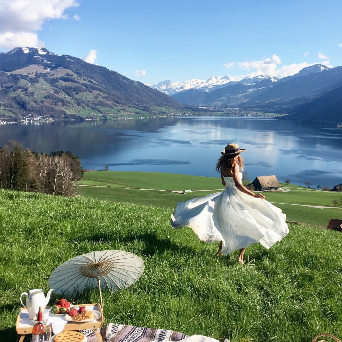 """I Follow This American Girl Living The """"Sound Of A Music"""" Life In Switzerland"""