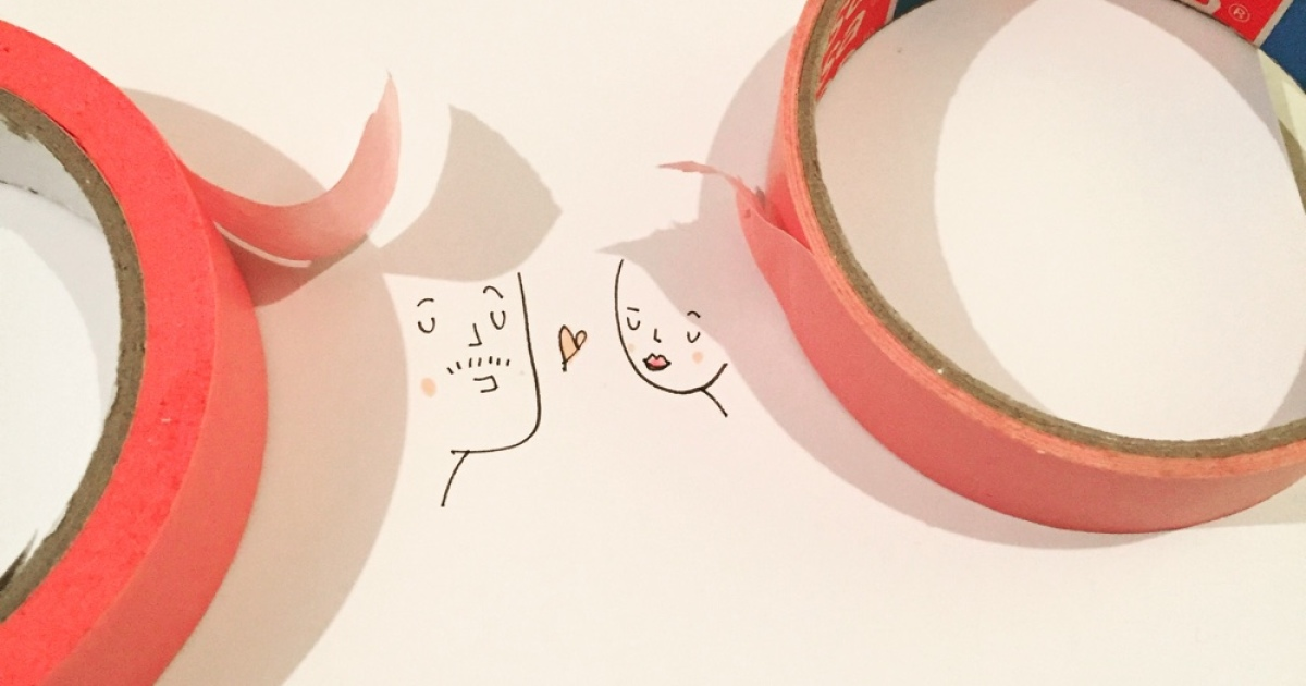 I Use Shadows Of Everyday Objects To Create Cute Doodles