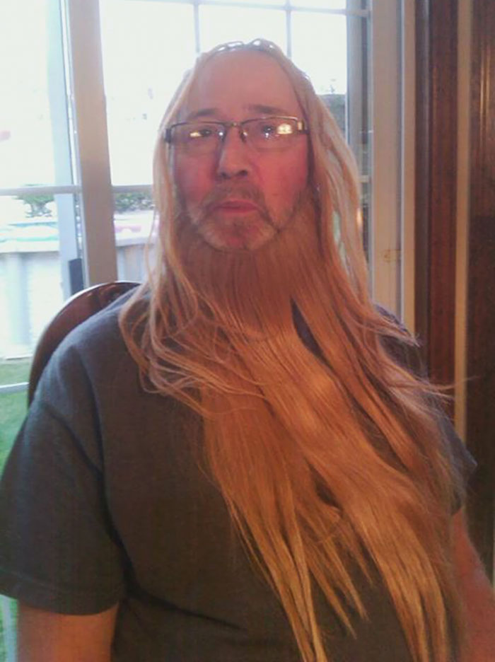 My Uncle And Dad Found My Cousin's Hair Extensions, And Sent The Whole Family Glamour Shots