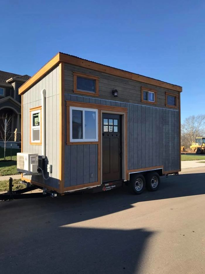 tiny house costs. Each Tiny House Costs About $10,000 To Produce, Making The Village Space- And Cost-effective