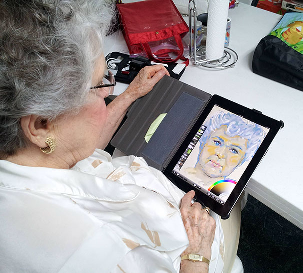 """Bought My Grandma An iPad. She's 84 And Never Had A Tablet, And Wanted It For """"Art."""" I Bought Artrage For Her And Left Her Alone With Her New Toy For 30 Minutes. This Is What I Came Back To"""