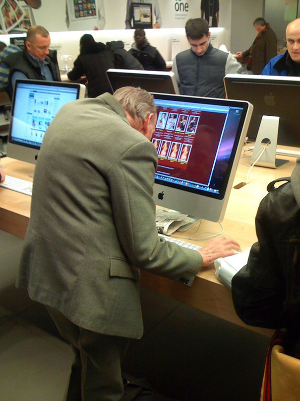 This Old Man At The Apple Store