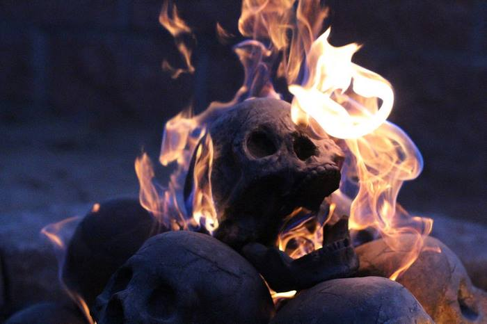 skull-fire-pit-formation-creations-13