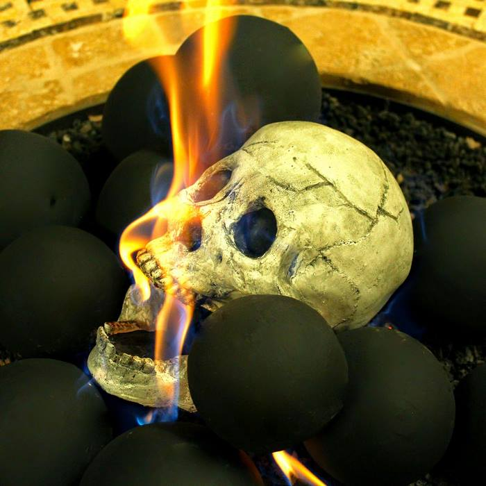 skull-fire-pit-formation-creations-6