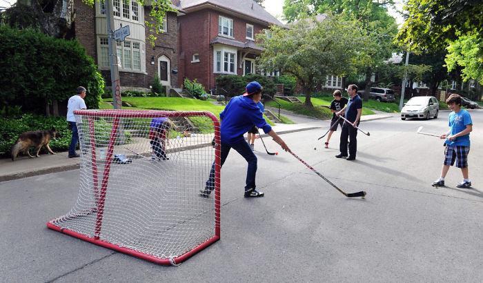 "Street Hockey… ""car!"""