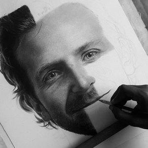 I Create Photo-Realistic Portraits Using Charcoal And Graphite