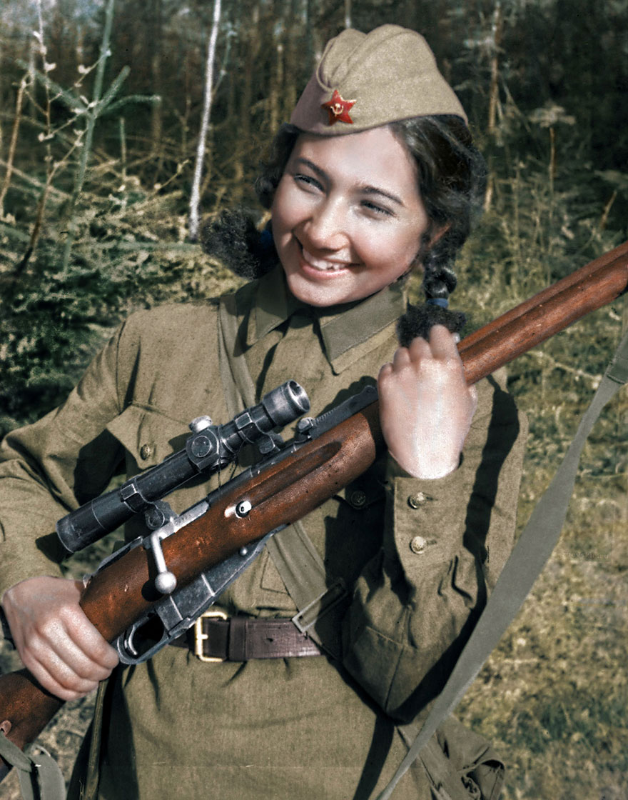 16soviet-female-snipers-colourised-photos-16
