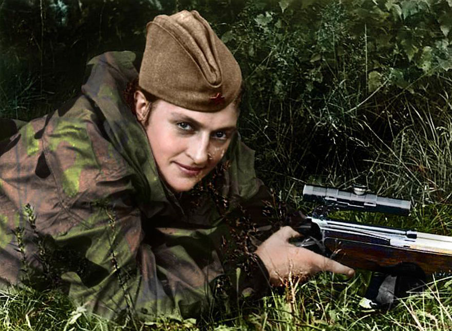 17soviet-female-snipers-colourised-photos-17