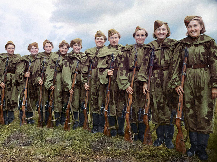 18soviet-female-snipers-colourised-photos-18