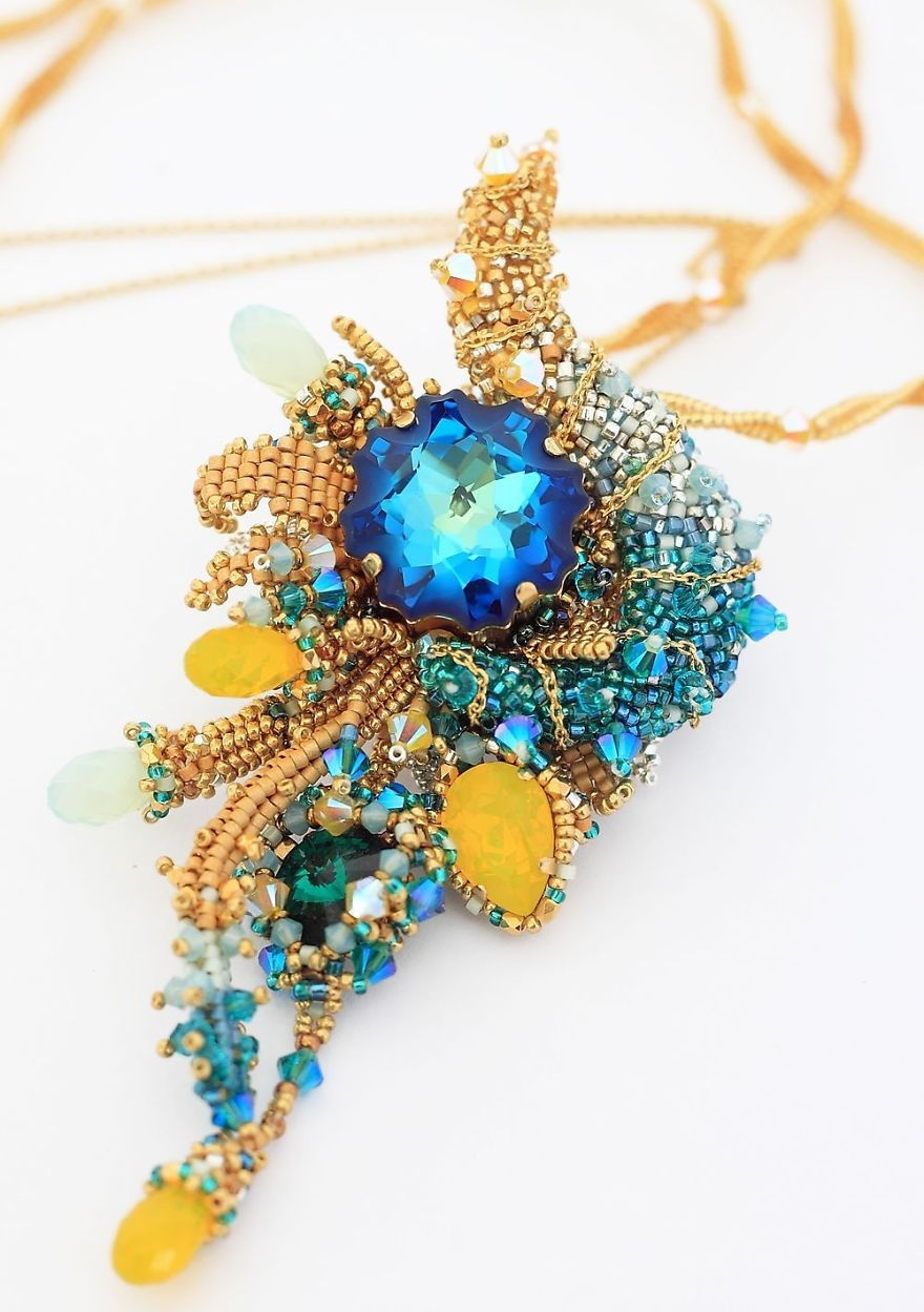 Gorgeous Seed Bead Webs: 12 Amazing Jewelries By Apollinariya Koprivnik