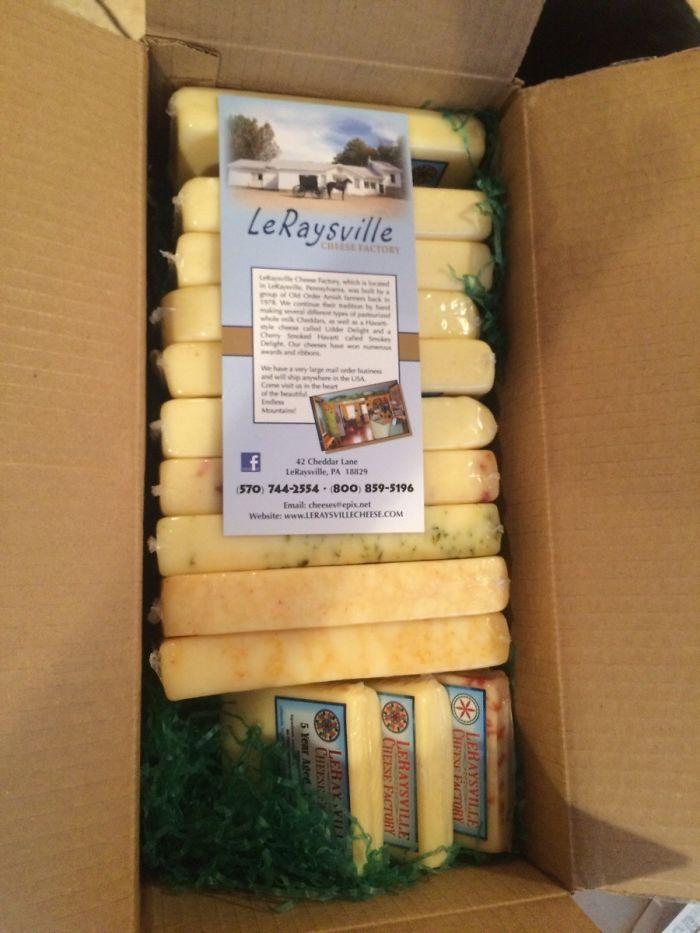 He comprado 52 kilos de queso y no sé por qué