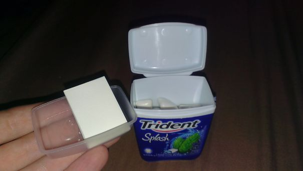 This Box Of Chewing Gum I Bought Comes With A Separate Container And Wrapper Paper To Put Used Gum In