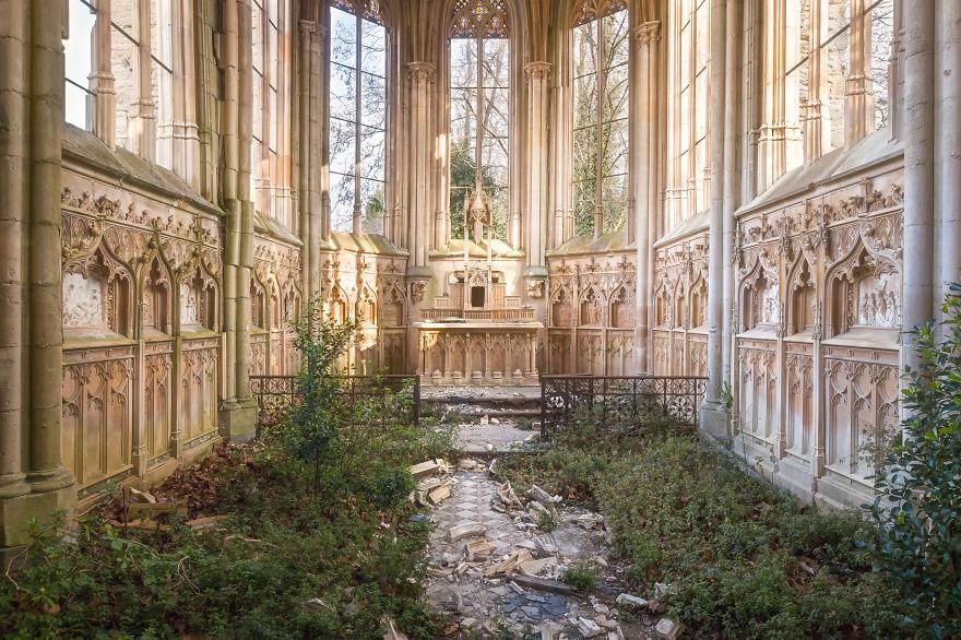 Chapel In France - Now In Renovation