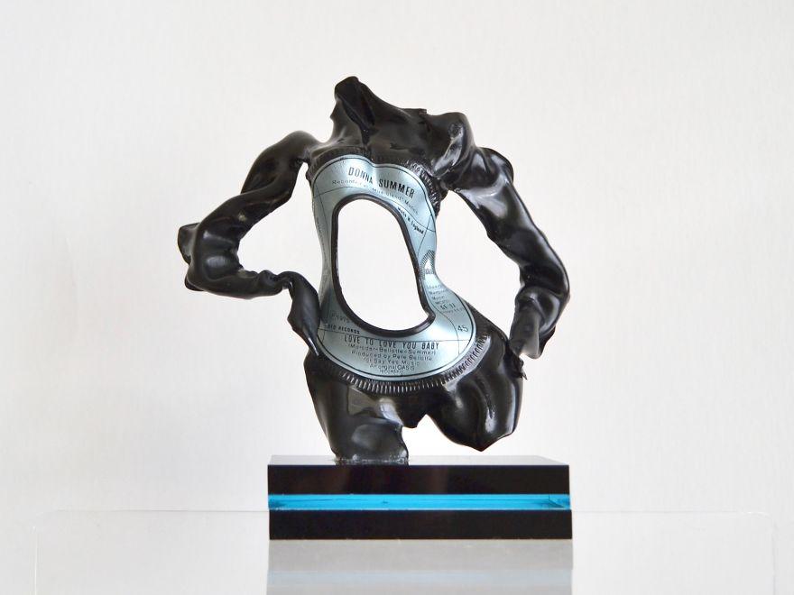 I Make Figurative Sculptures From Vinyl Records 1