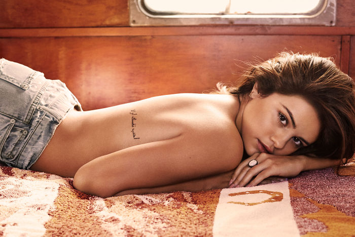 Unseen Hottest Photoshoot Picture Of Selena Gomez