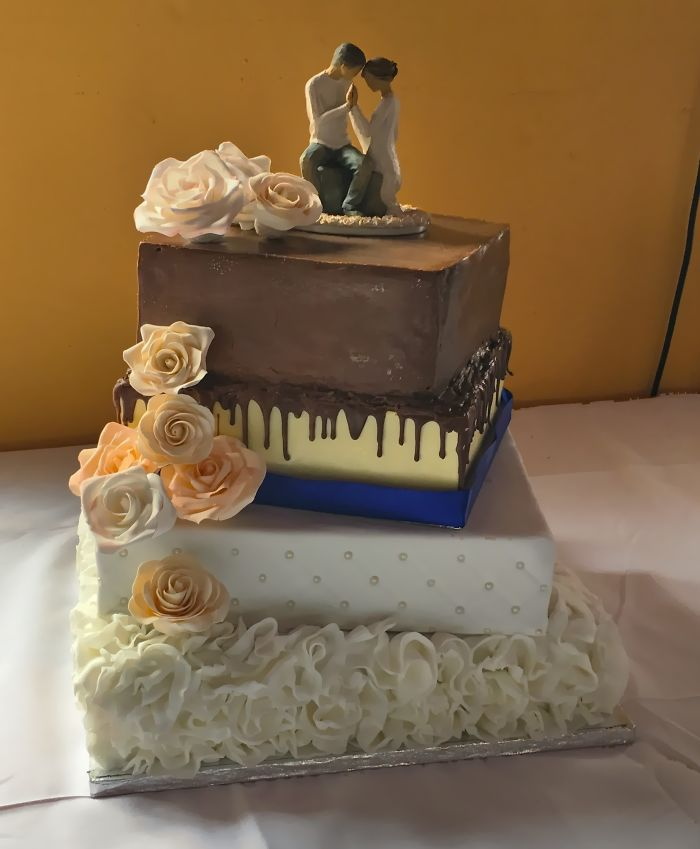 Wedding Cake For My Niece