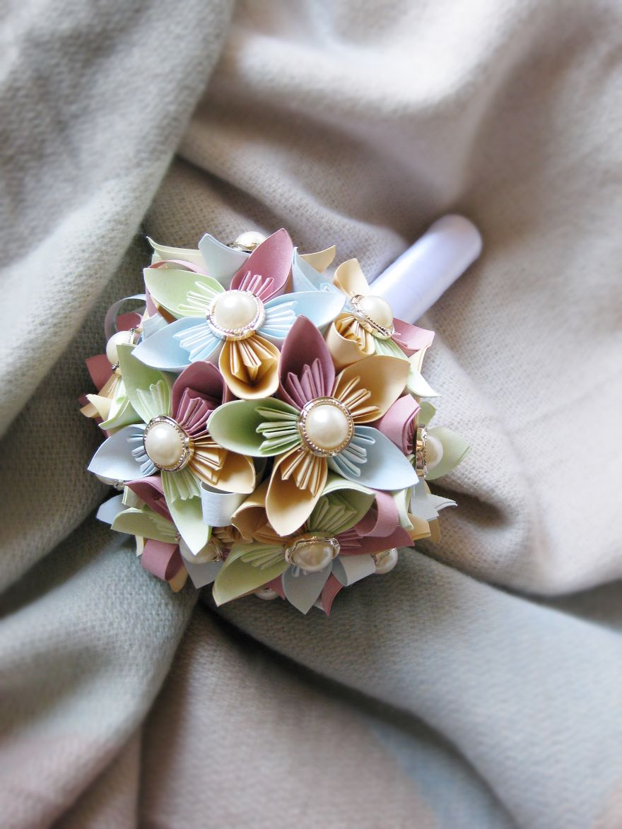 Small Bouquet For Little Girl Maybe?