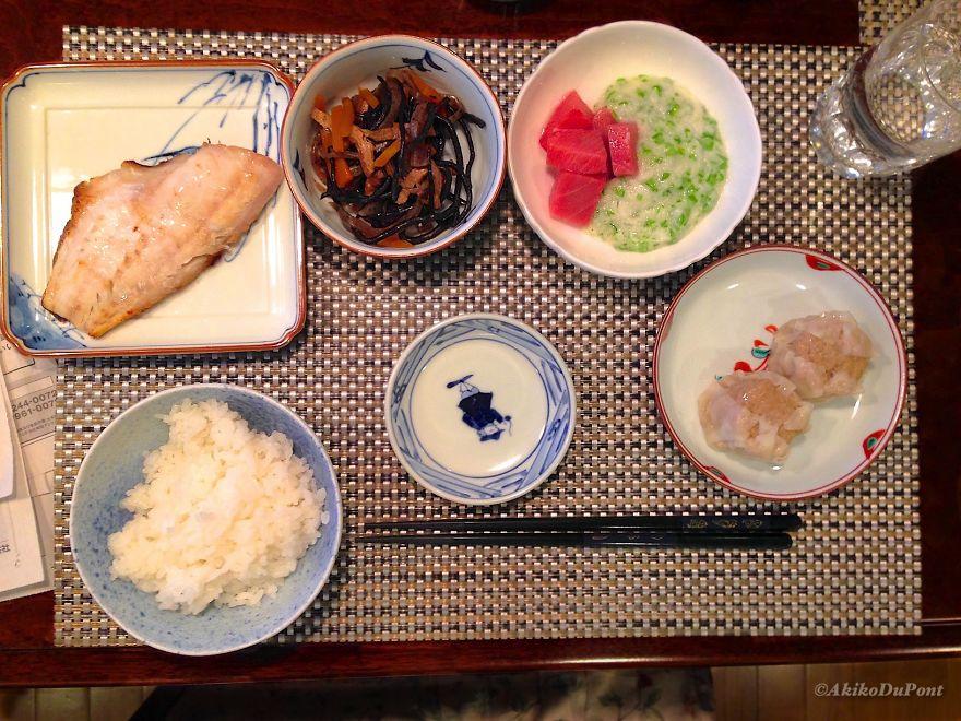 Itadakimasu: Jiji's Dinner