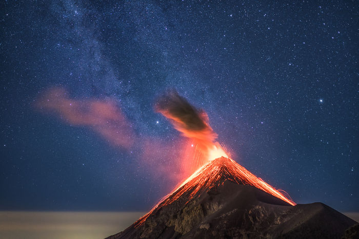 I Photographed Volcano Erupting Under The Milky Way In Guatemala