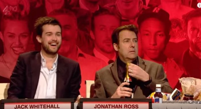 Jonathan Ross Brings Xmas Leftovers To Have A Snack While Taping A Quiz Show
