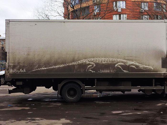 "Dirty Car Owners Find Their Cars ""Vandalized"" With Amazing Drawings, And Your Car May Be Next!"