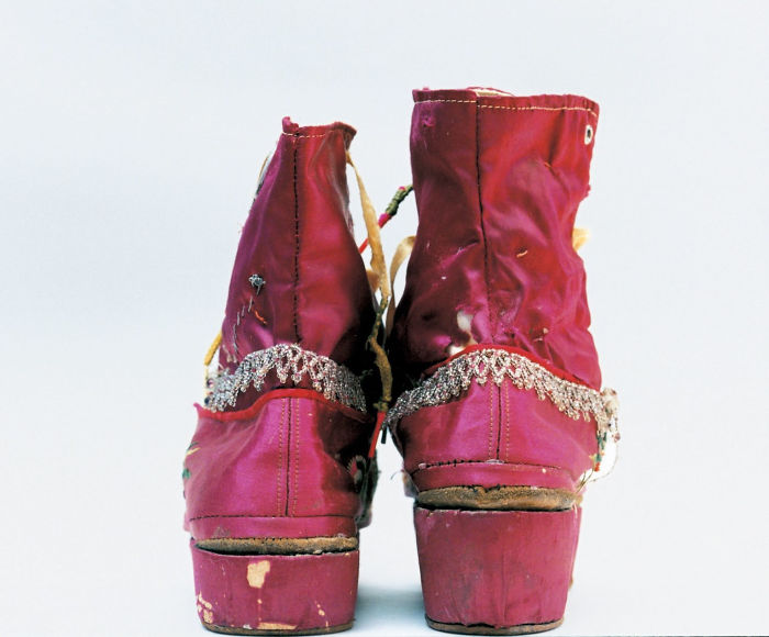 Kahlo's Fringed Boots