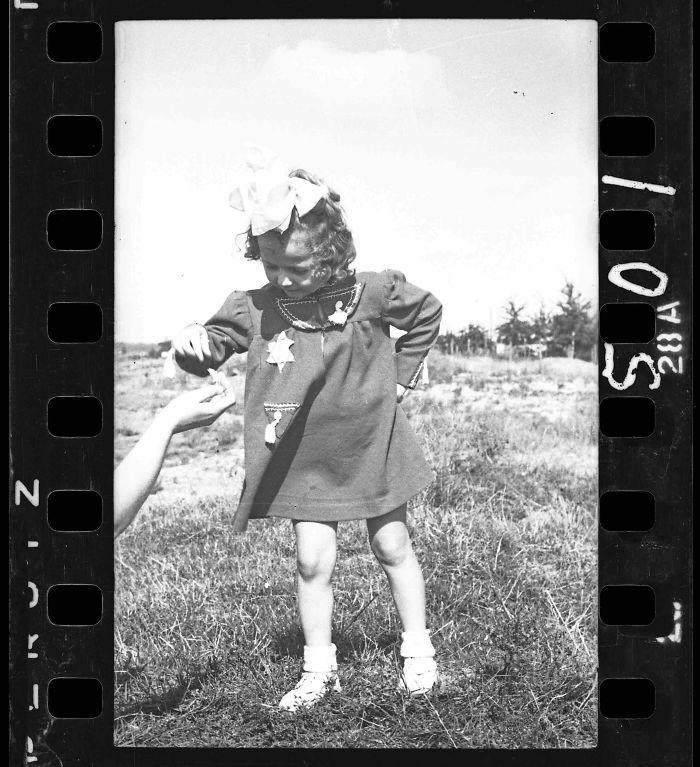 1940-1944: Niña pequeña