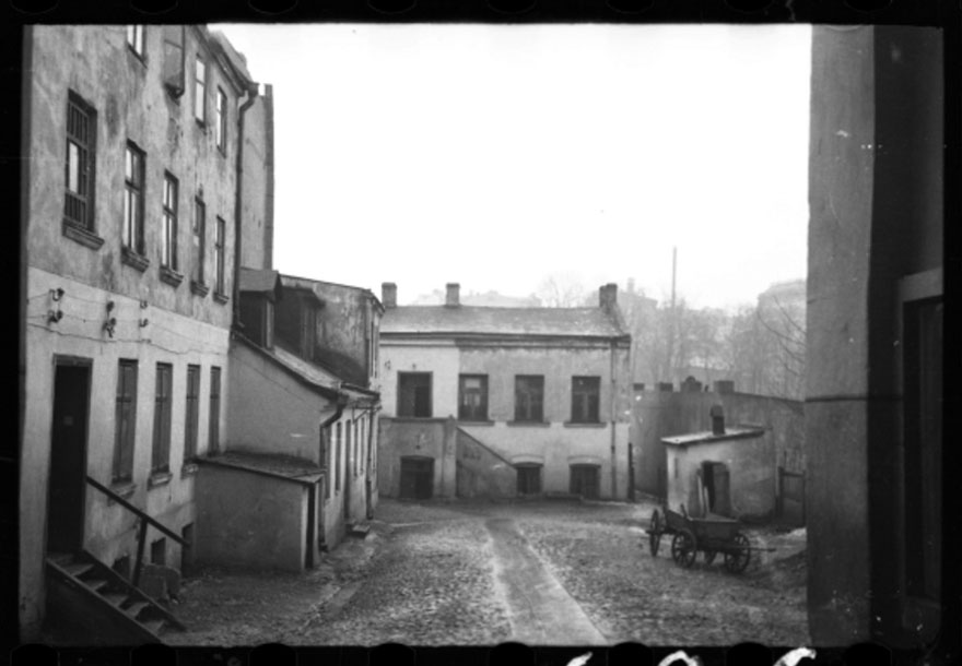 1940-1944: Ghetto Buildings