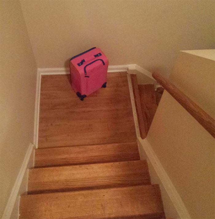 La maleta de mi hija parece molesta