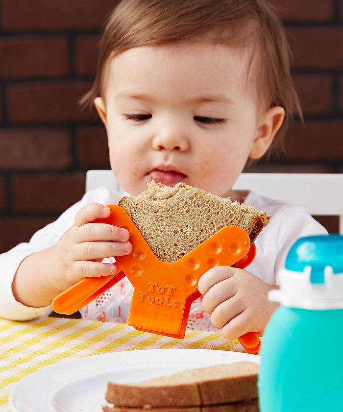 Food-Holder Can Handle Sandwiches And More Without The Mess