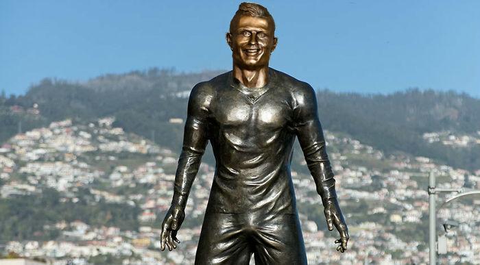 Ronaldo Statues Combined