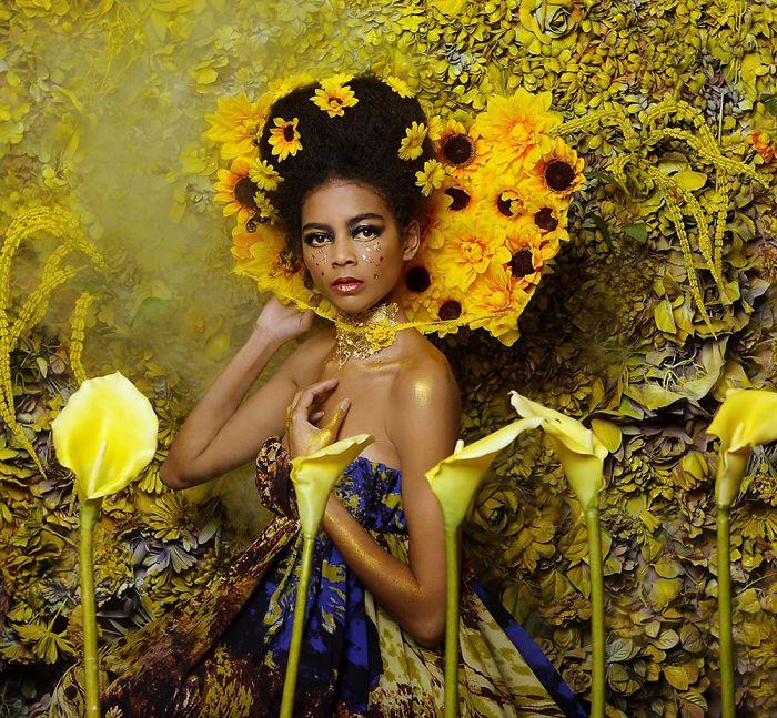 Photographer Creates Modern Day Images Inspired By Gustav Klimt Paintings
