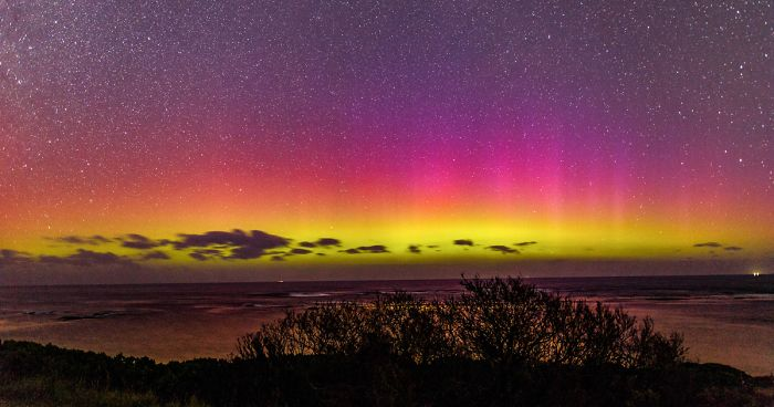 Have You Ever Seen Aurora Australis? It Just Lit Up The Australian Sky And It's As Amazing As Its Northern 'Sister'